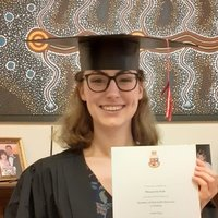 First Class History Graduate from the University of Warwick Keen to Share Her Passion